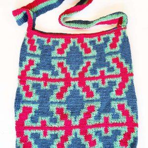 spanner pattern yarn bilum