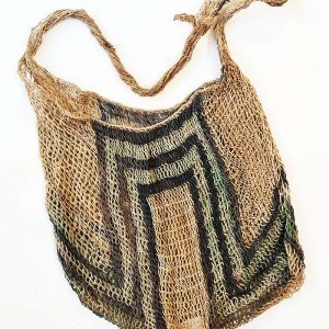 Skin pik bilum Karamui from the women's group made from tulip tree fibre and natural dyes.